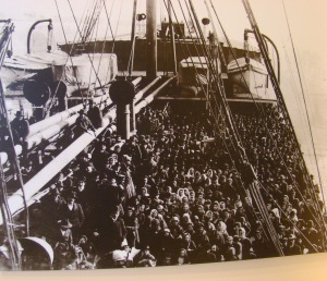 25 million immigrants arrived N.Y., 1860-1920