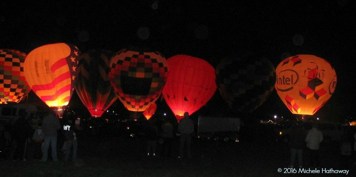 mht-balloon-fiesta-2010-morning-glow